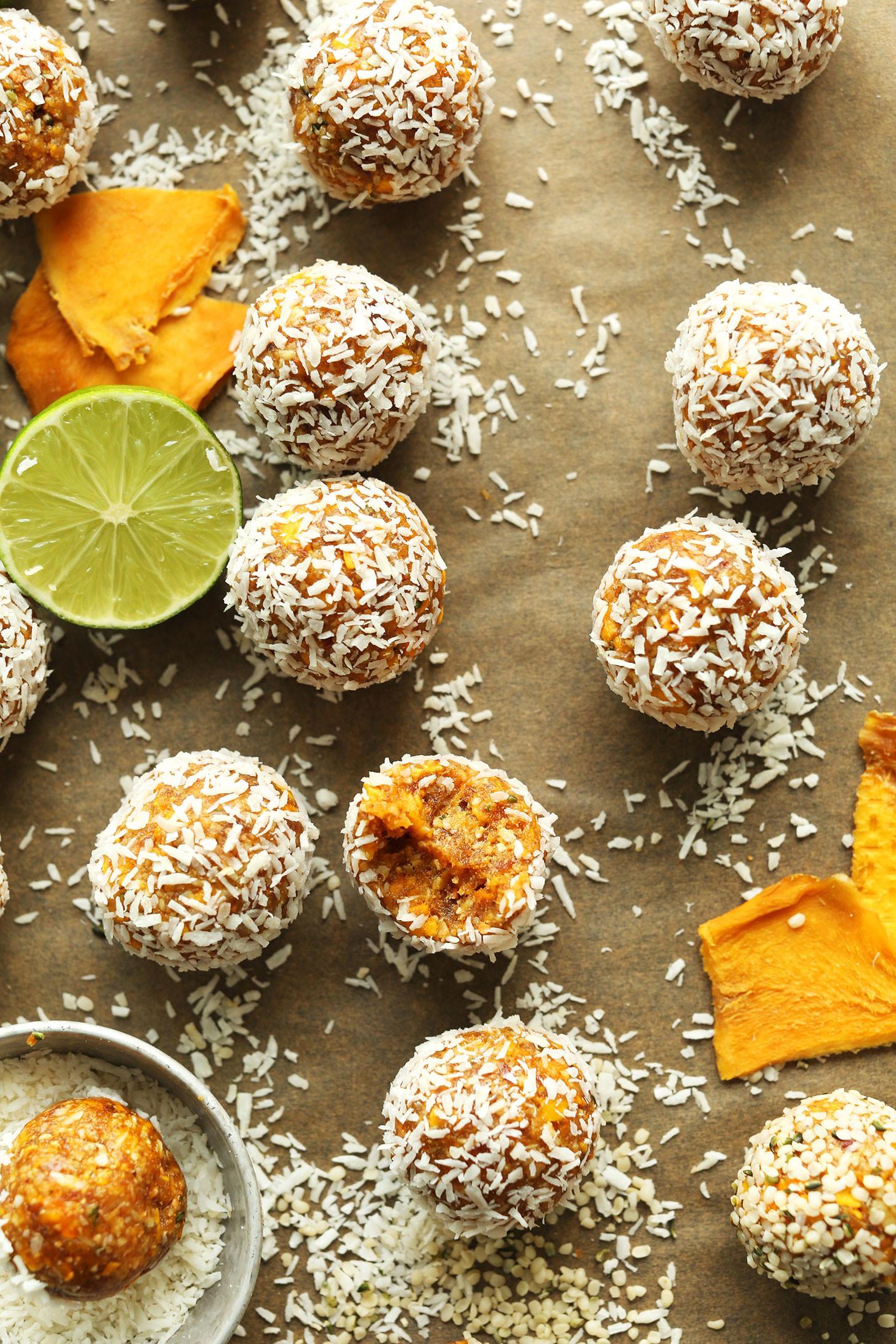 Healthy Mango Recipes  Mango Energy Bites