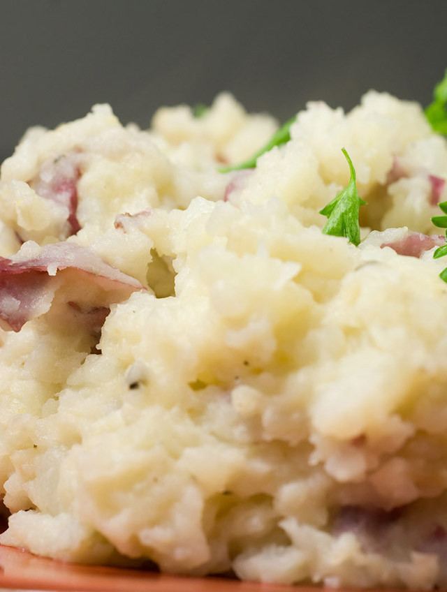 Healthy Mashed Red Potatoes  healthy garlic mashed red potatoes