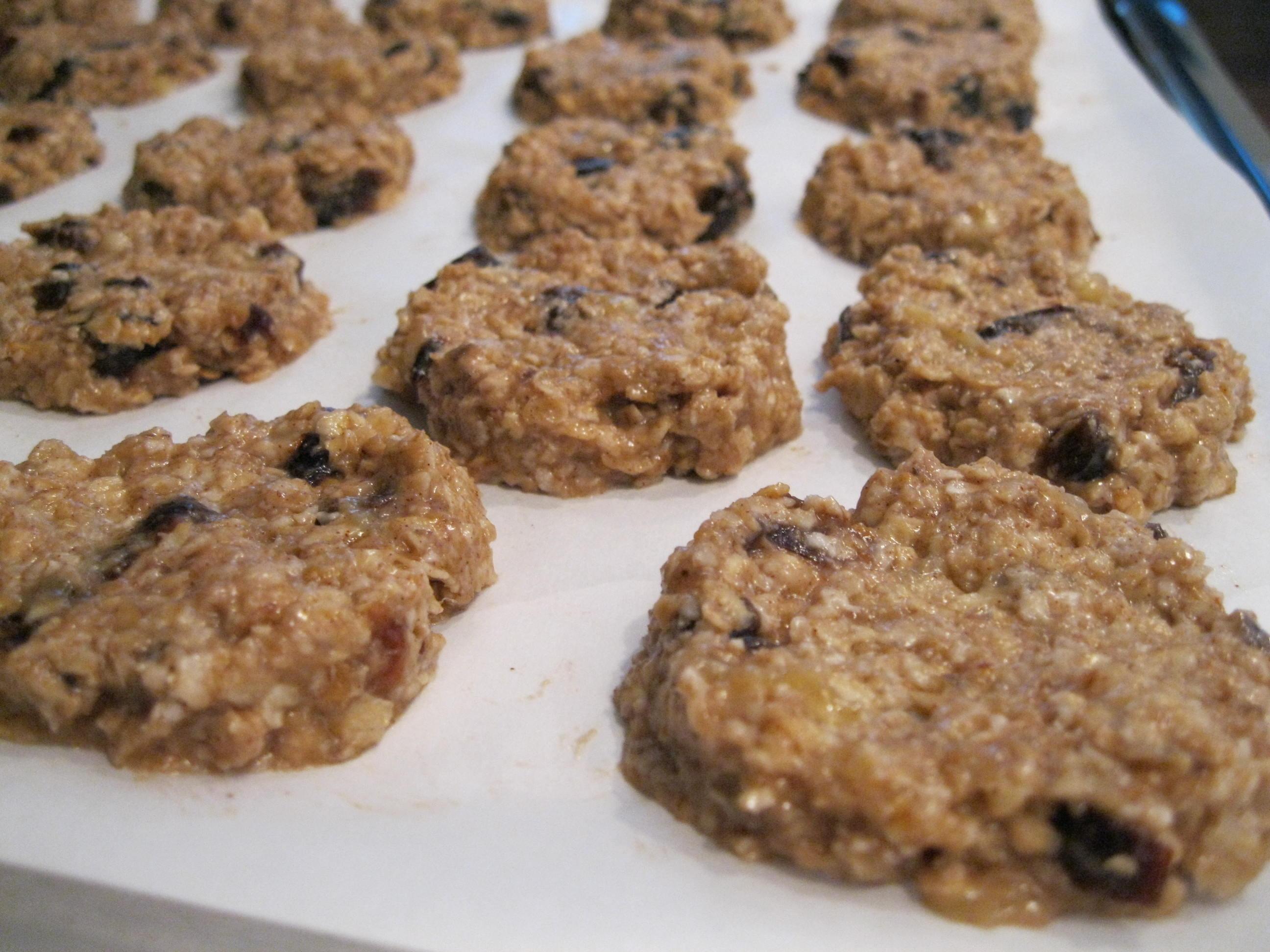Healthy No Bake Banana Oatmeal Cookies  Banana Oatmeal Granola Bar Bite Cookies… Butterless