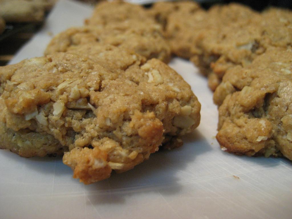 Healthy No Bake Cookies With Banana  Healthier than normal no bake peanut butter banana