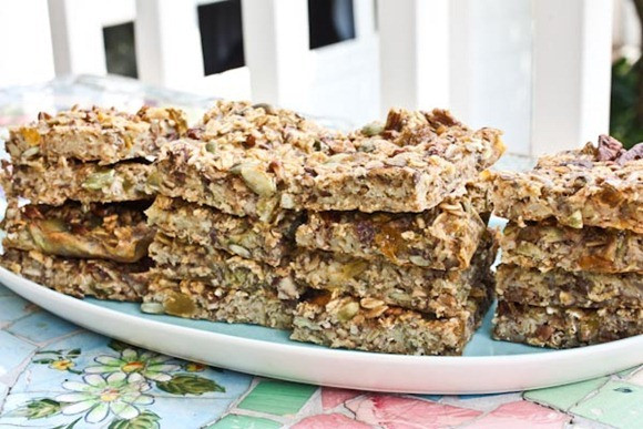 Healthy Oat Snacks  Baked Oatmeal Snack Bars