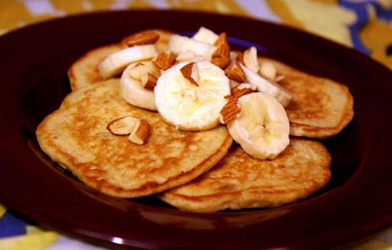 Healthy Oatmeal Banana Pancakes  Recipe for Banana Almond Oatmeal Pancakes