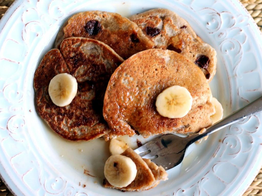 Healthy Oatmeal Banana Pancakes  Oatmeal Chocolate Chip Banana Pancakes healthy vegan