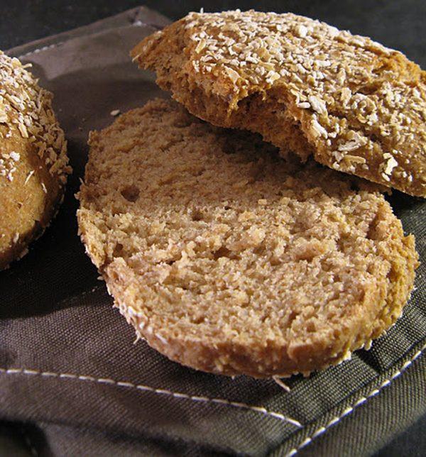 Healthy Oatmeal Bread Recipe  The Best Oatmeal Bread recipe — Eatwell101