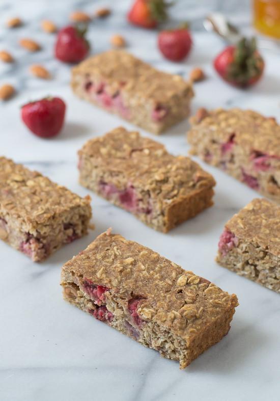 Healthy Oatmeal Breakfast Bars Recipe Easy  Strawberry Oatmeal Breakfast Bars