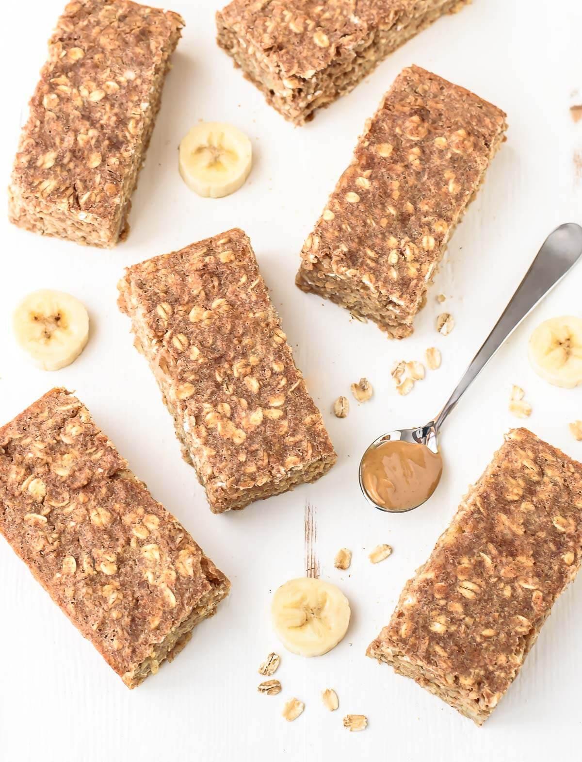 Healthy Oatmeal Breakfast Bars  15 Healthy Homemade Snack Bars