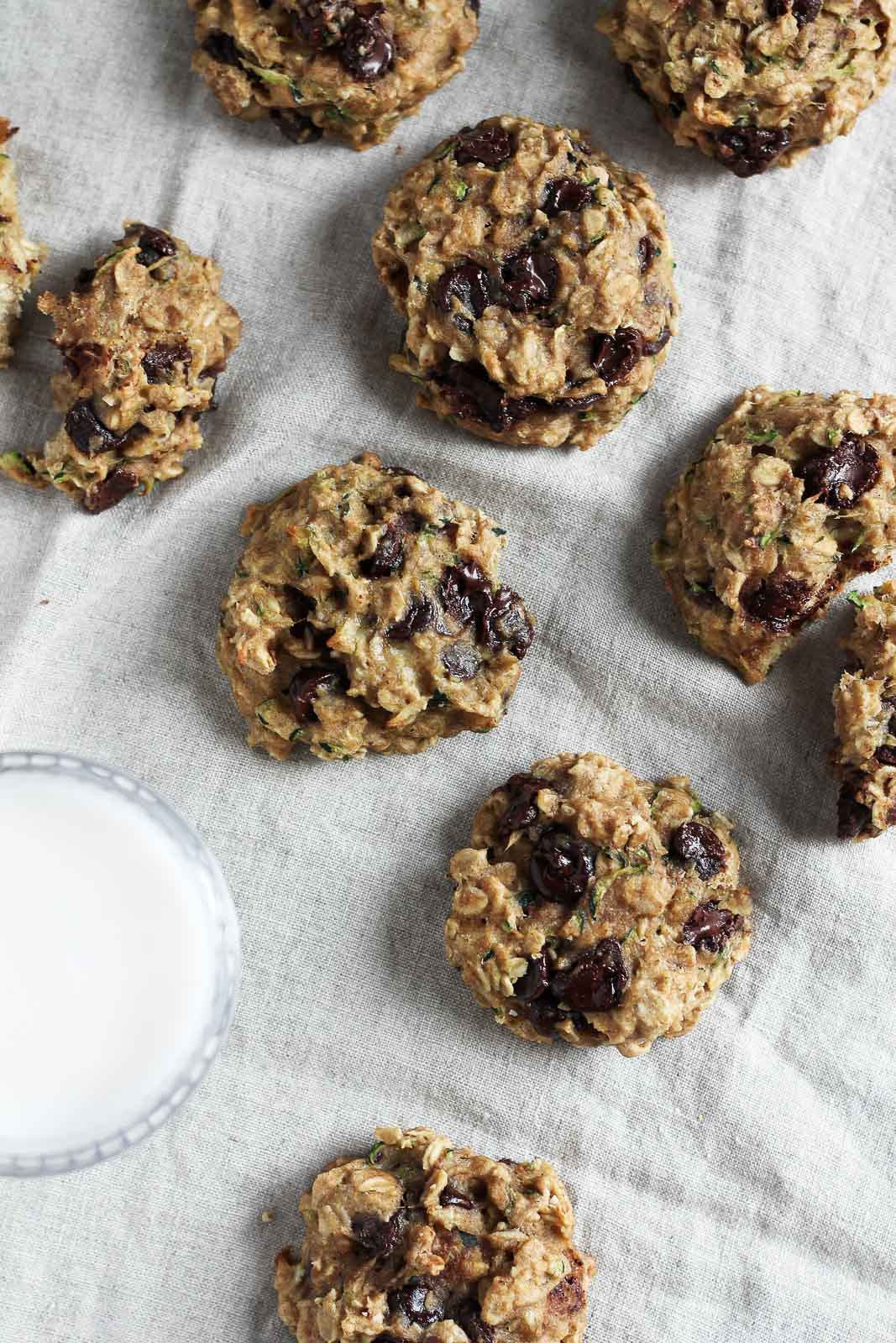 Healthy Oatmeal Choc Chip Cookies  Healthy Chocolate Chip Zucchini Oatmeal Cookies