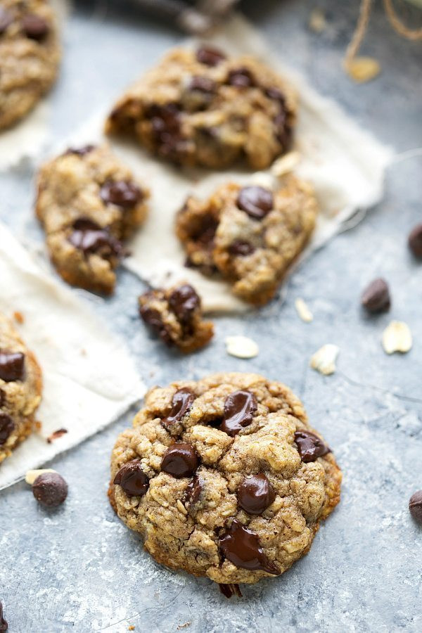 Healthy Oatmeal Choc Chip Cookies  The BEST healthy oatmeal chocolate chip cookies