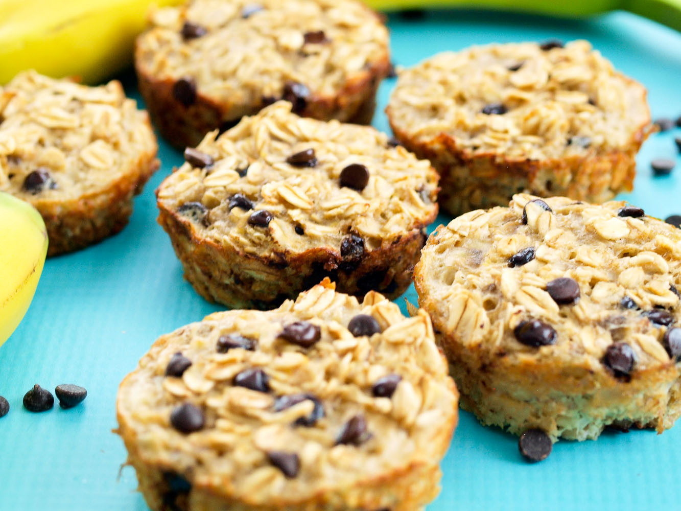 Healthy Oatmeal Chocolate Chip Muffins  Banana Chocolate Chip Baked Oatmeal Muffins Happy