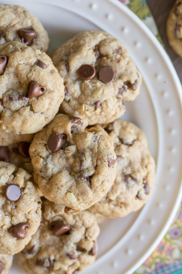 Healthy Oatmeal Coconut Chocolate Chip Cookies  Whole Wheat Oatmeal Chocolate Chip Cookies Lovely Little