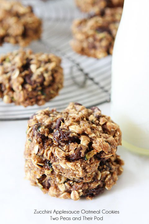 Healthy Oatmeal Cookies Applesauce  Zucchini Applesauce Oatmeal Cookies