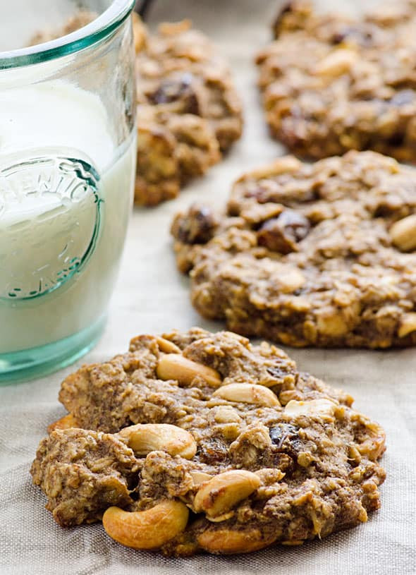 Healthy Oatmeal Cookies Without Sugar  Sugar Free Oatmeal Cookies iFOODreal Healthy Family