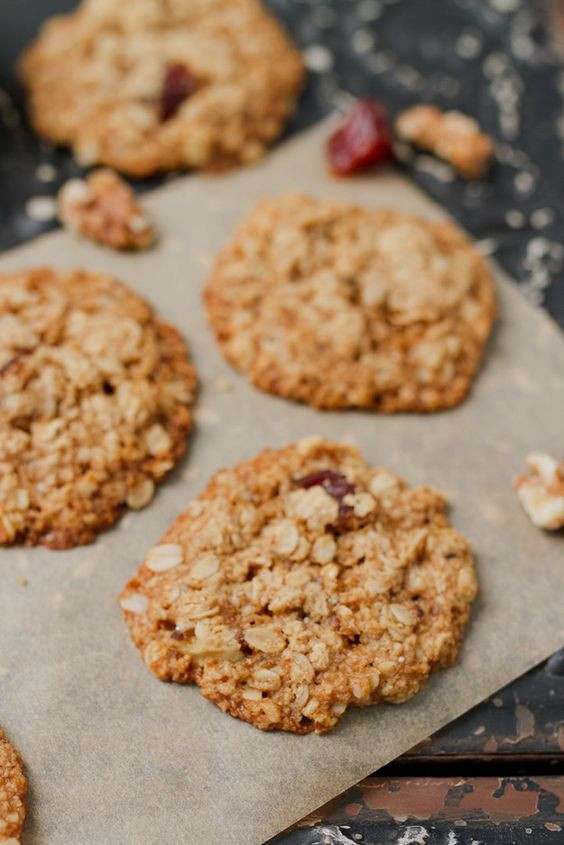 Healthy Oatmeal Date Cookies  Pinterest • The world's catalog of ideas