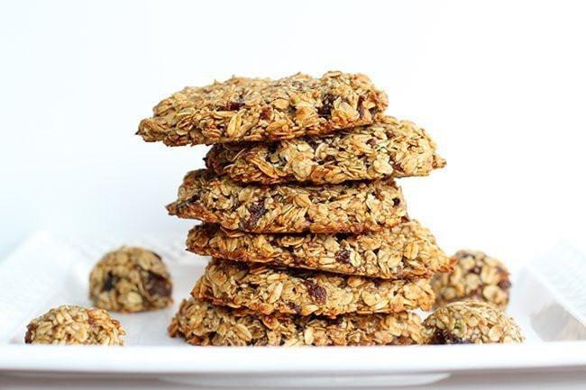 Healthy Oatmeal Date Cookies  Healthy Banana Date Oatmeal Breakfast Cookies
