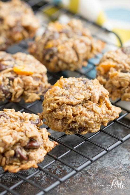 Healthy Oatmeal Date Cookies  Healthy Oatmeal Date Breakfast Cookies Call Me PMc