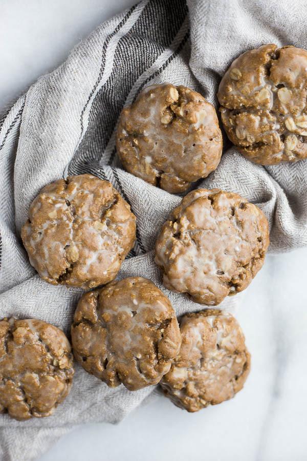 Healthy Oatmeal Molasses Cookies  Vegan Glazed Molasses Oatmeal Cookies Fooduzzi