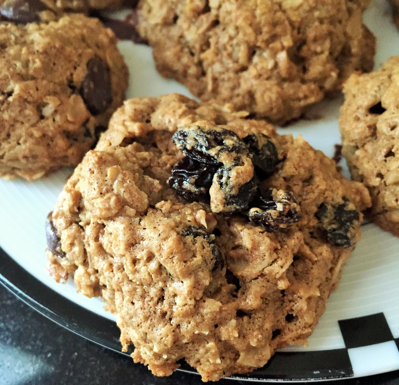 Healthy Oatmeal Raisin Chocolate Chip Cookies  Oatmeal Raisin Chocolate Chip Protein Cookies The Cookie