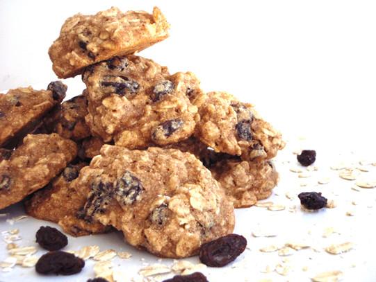 Healthy Oatmeal Raisin Cookies  Low fat Healthy Oatmeal Raisin Cookies