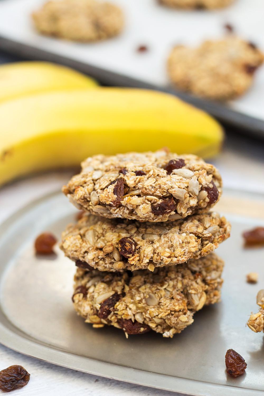 Healthy Oatmeal Snacks  Healthy Instant Oatmeal Cookies Sugar & Flour Free