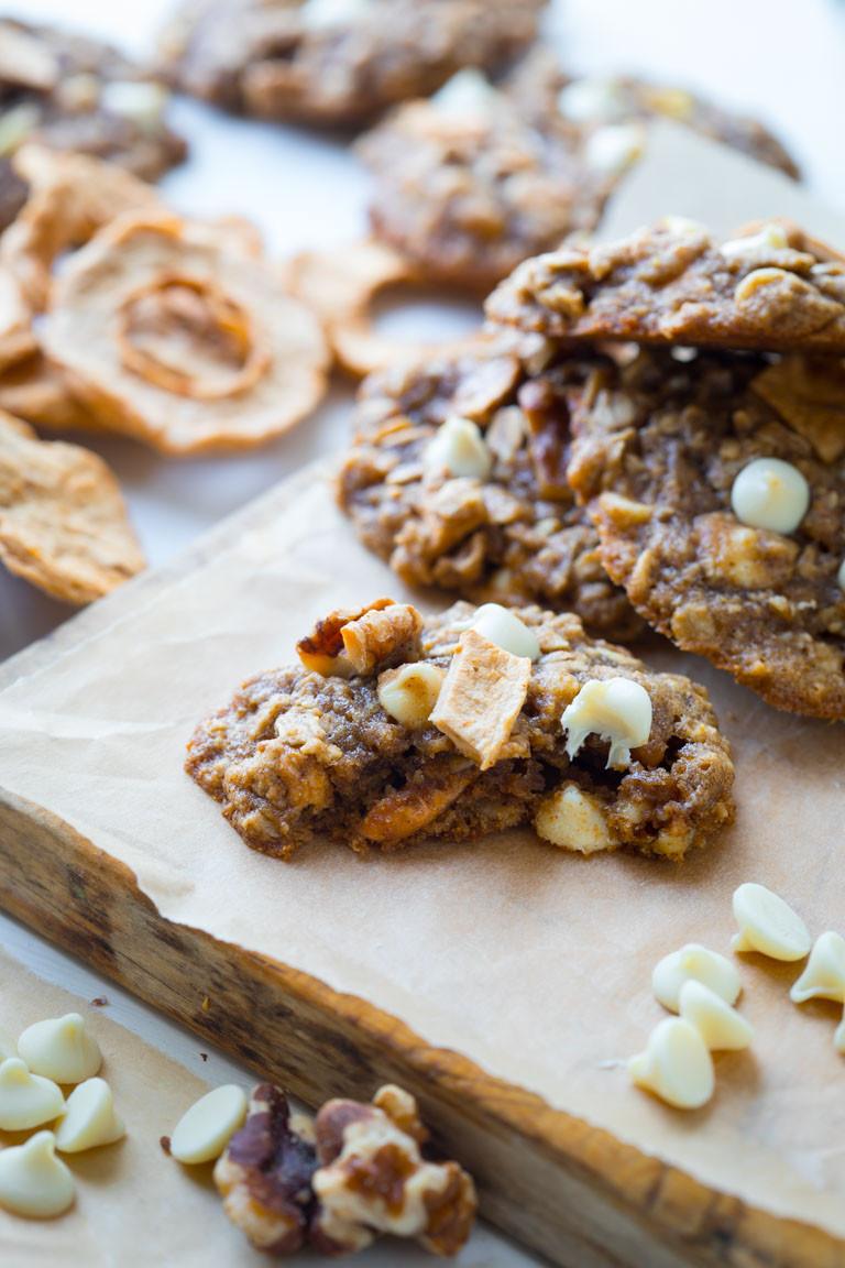 Healthy Oatmeal Walnut Cookies  apple walnut oatmeal cookies Healthy Seasonal Recipes