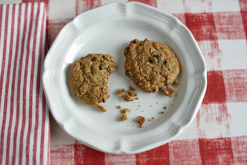 Healthy Oatmeal Walnut Cookies  Oatmeal Raisin Cookies Made with Heart Healthy Walnut Butter