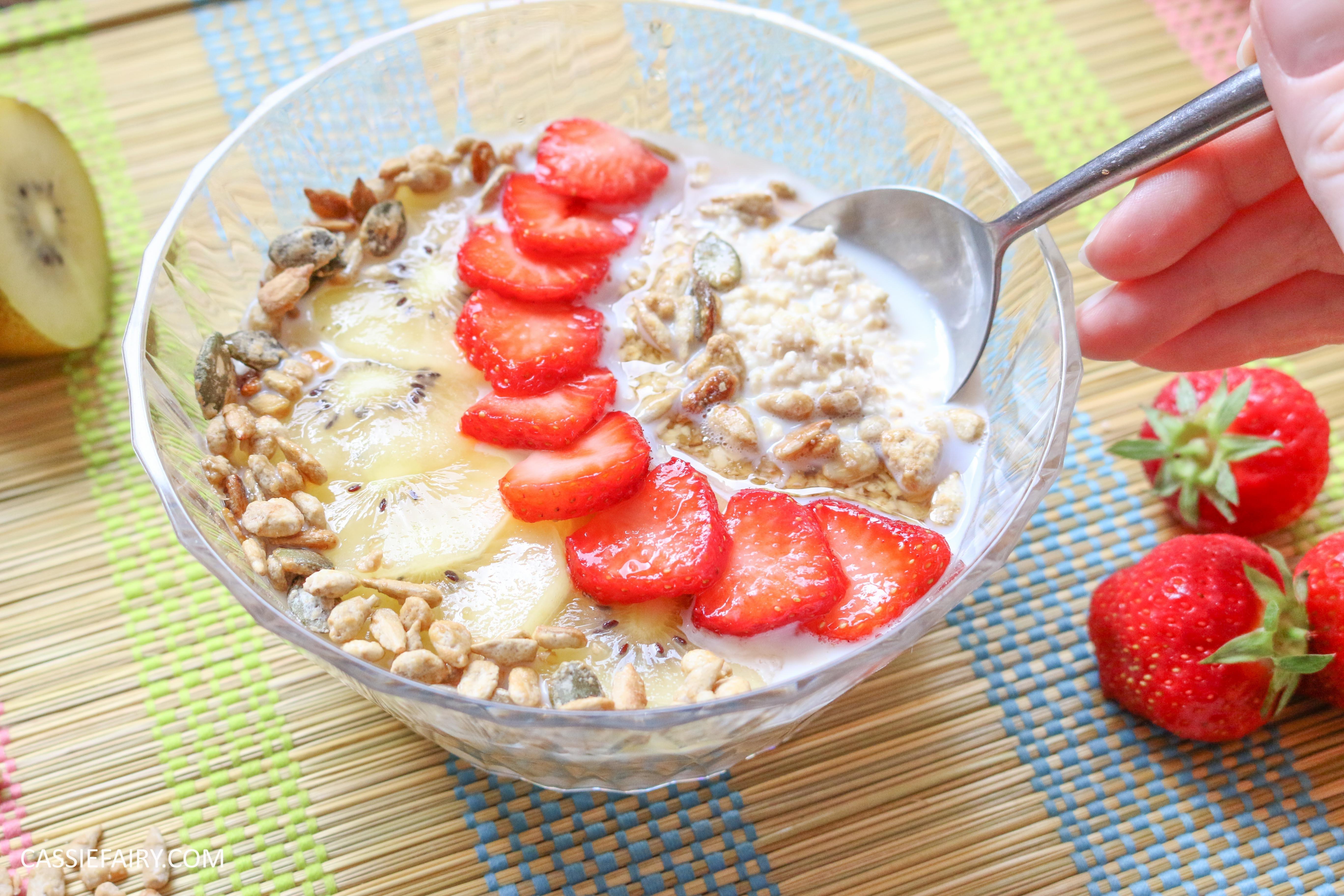 Healthy Oats Breakfast  Healthy Sunday brunch recipe – Fruity soaked oats