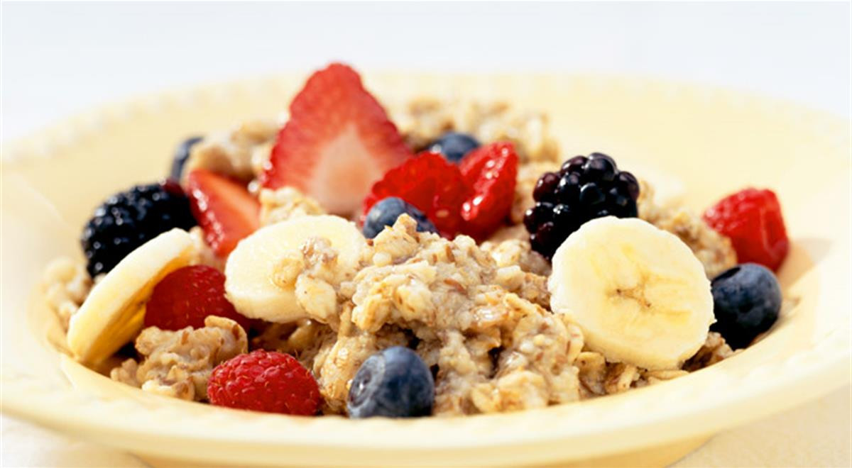 Healthy Oats Breakfast  Oatmeal Recipe Banana And Berries Oatmeal Recipe For A