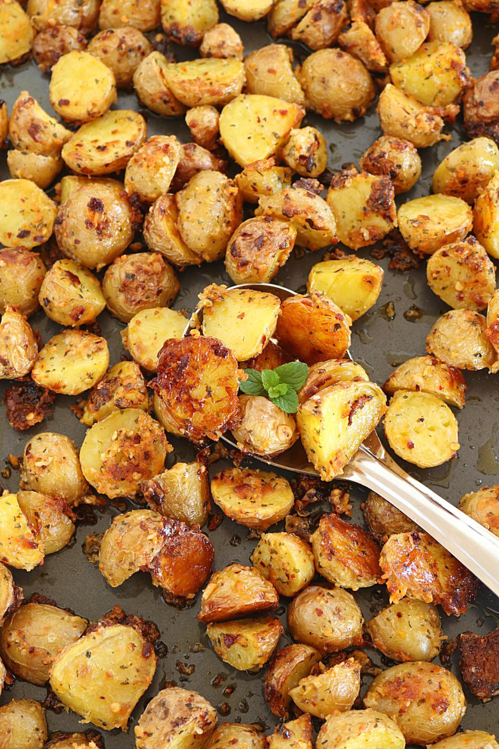 Healthy Oven Roasted Potatoes  Oven Roasted Potatoes Crispy Oven Roasted Potatoes how