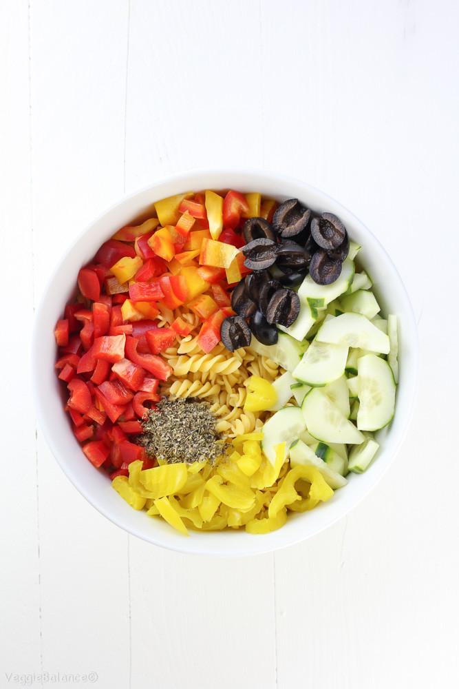 Healthy Pasta Salad Dressing  Healthy Italian Pasta Salad with Homemade Italian Dressing