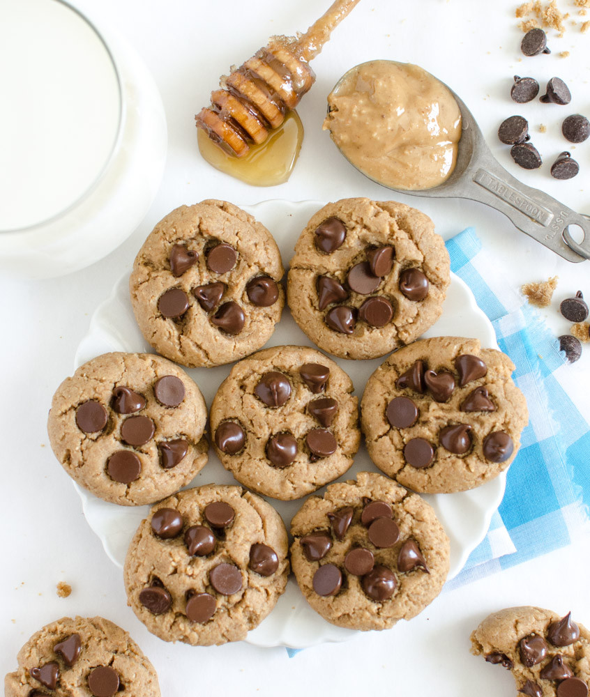 Healthy Peanut Butter Chocolate Chip Cookies  Peanut Butter Chocolate Chip Cookies
