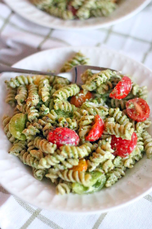 Healthy Pesto Pasta Salad Recipe  healthy pesto pasta recipe