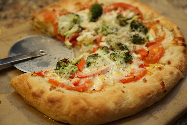 Healthy Pizza Dough Recipe  Healthy Pizza Dough Recipe Three Cheese Veggie Pizza