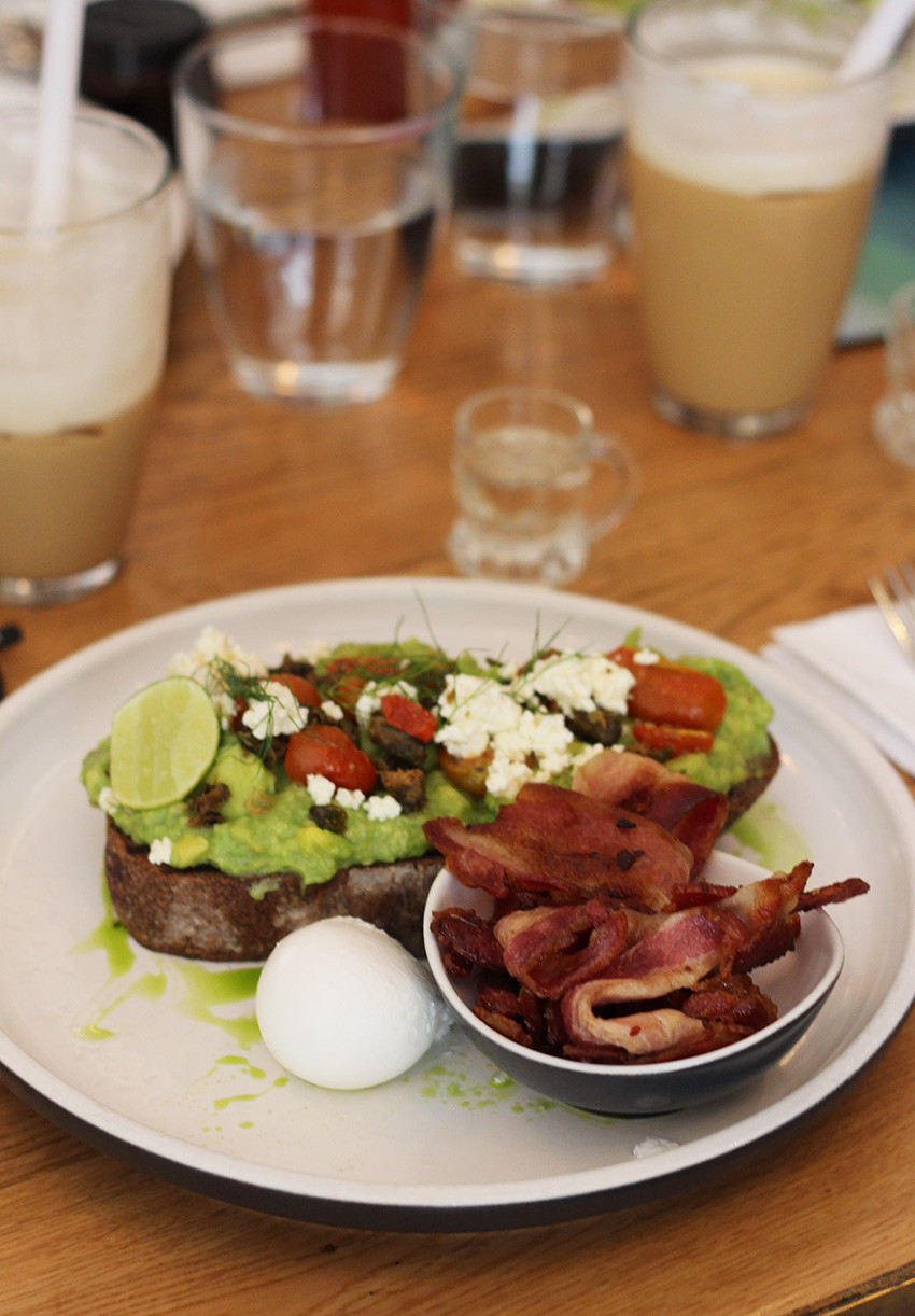 Healthy Places To Eat Breakfast  Top 5 healthy places to eat in Bali She does