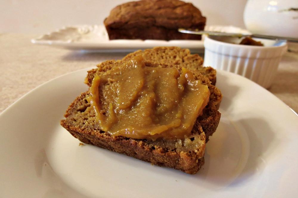 Healthy Pumpkin Apple Bread  Pumpkin Apple Bread Weekly Recap