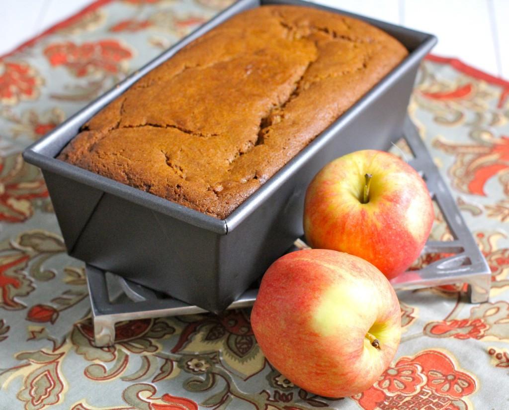 Healthy Pumpkin Apple Bread  Pumpkin Apple Bread Tasty Easy Healthy Green