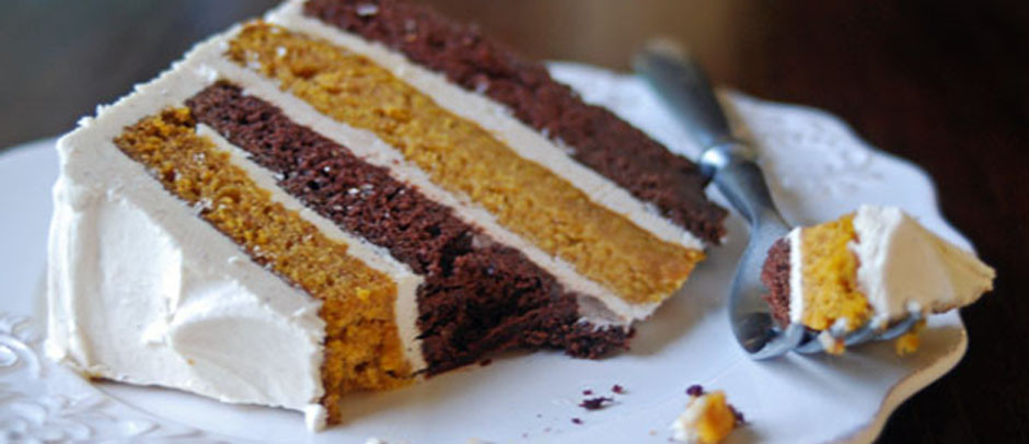 Healthy Pumpkin Chocolate Cake  Chocolate pumpkin cake with spiced brown butter frosting