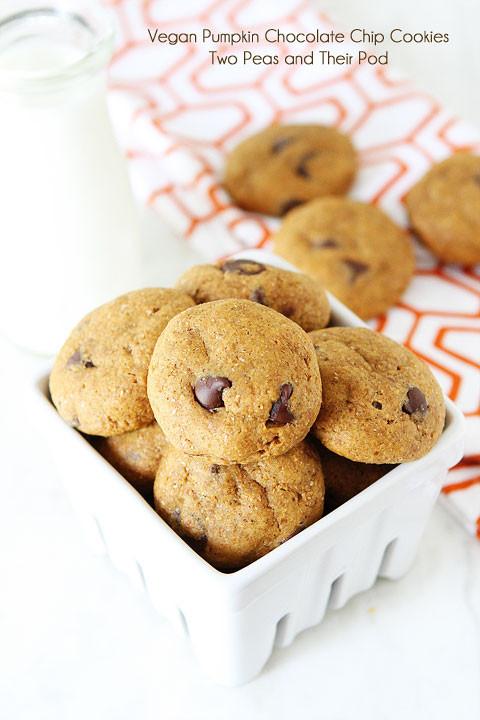 Healthy Pumpkin Cookies  Healthy Pumpkin Chocolate Chip Cookies