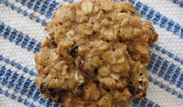 Healthy Pumpkin Cookies Applesauce  Pumpkin Pucks – Cooking to be Clever