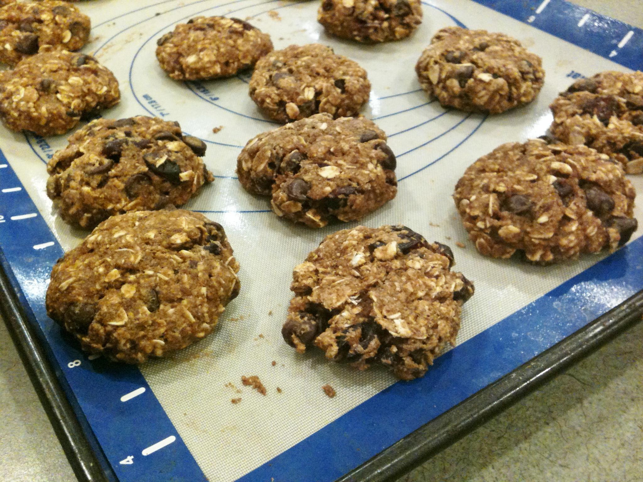 Healthy Pumpkin Oatmeal Chocolate Chip Cookies  Heart healthy Pumpkin Oatmeal Chocolate Chip Cookies