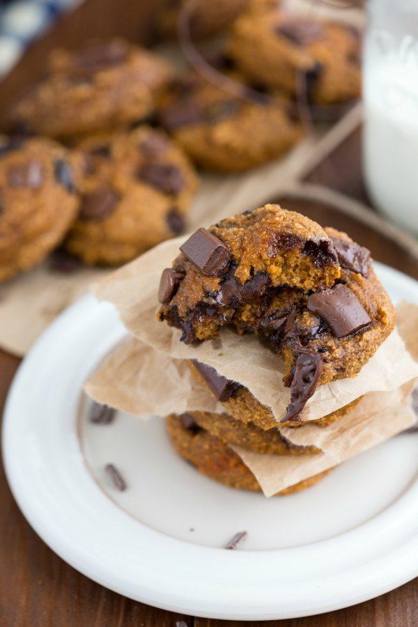 Healthy Pumpkin Oatmeal Chocolate Chip Cookies  The BEST healthy oatmeal chocolate chip cookies Chelsea