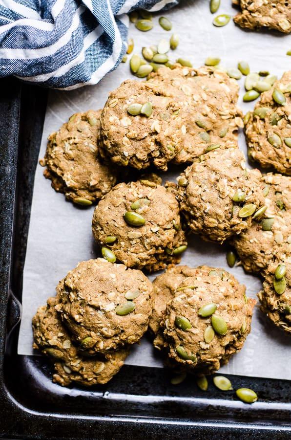 Healthy Pumpkin Oatmeal Cookies  Healthy Pumpkin Oatmeal Cookies iFOODreal Healthy