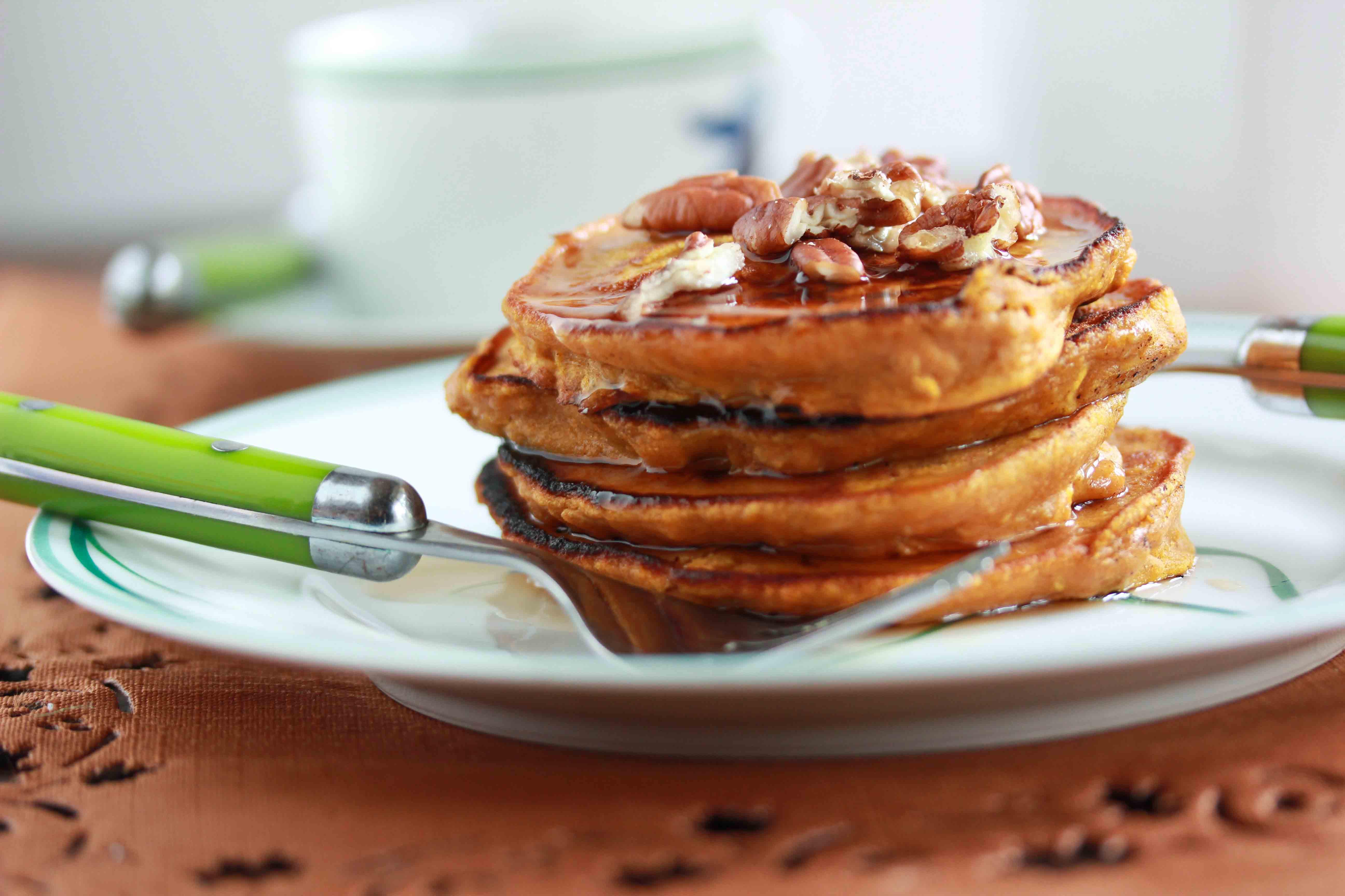 Healthy Pumpkin Pancakes  Healthy Oatmeal Pumpkin Pancakes Overtime Cook