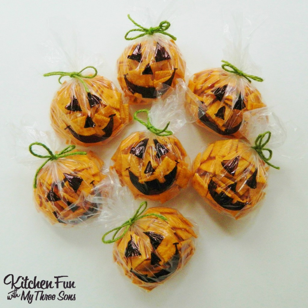 Healthy Pumpkin Snacks  Easy Halloween Pumpkin Snack Bags Kitchen Fun With My 3 Sons