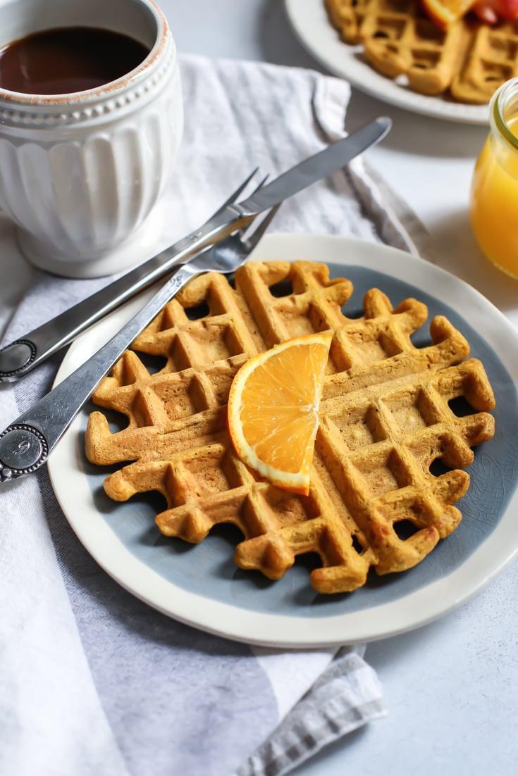 Healthy Pumpkin Waffles  Healthy Pumpkin Spice Orange Waffles [and morning routines