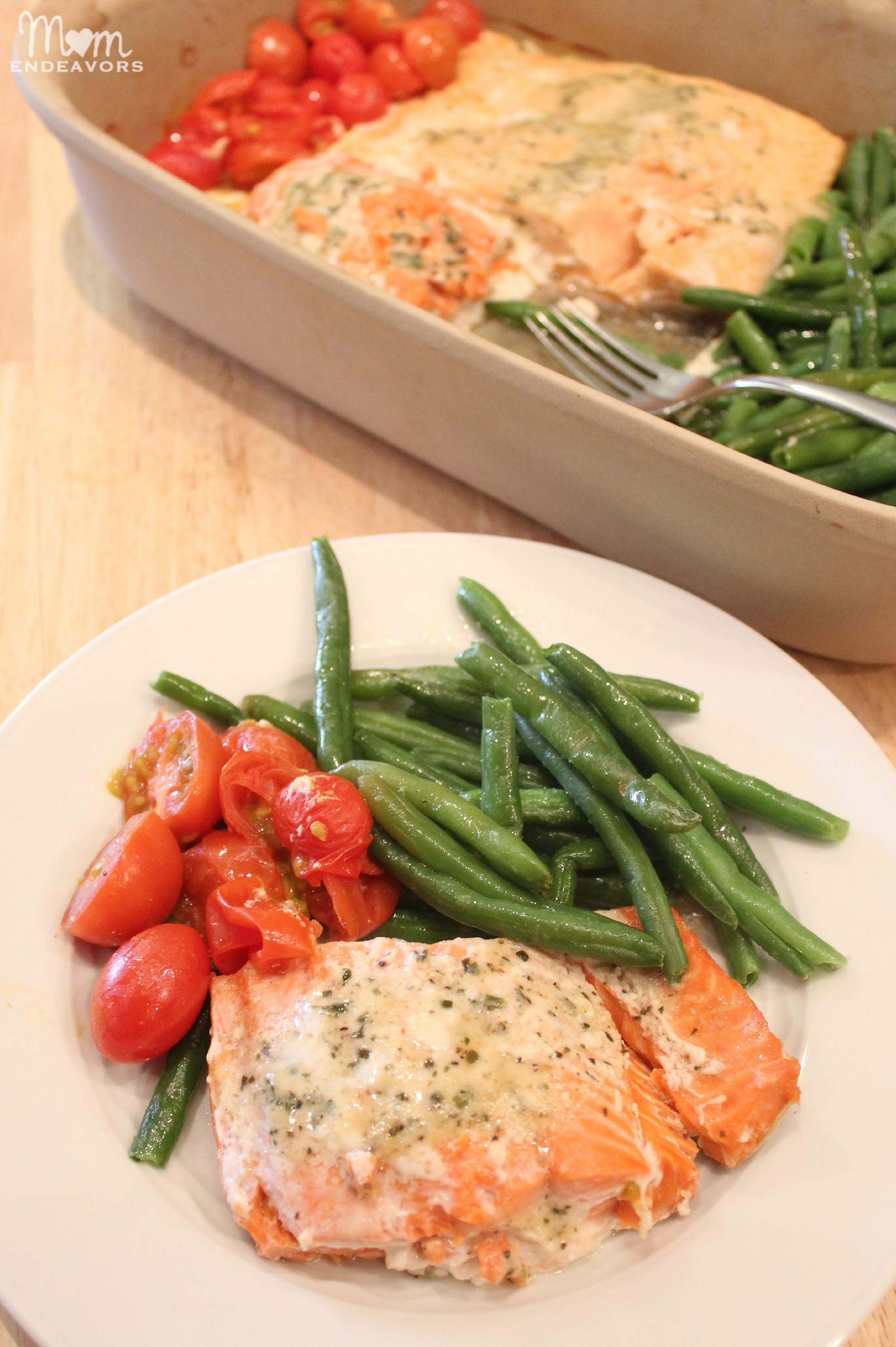 Healthy Quick Dinners  Quick & Healthy Recipe e Pan Baked Salmon & Ve ables