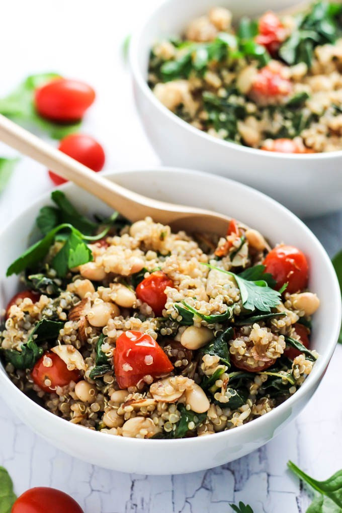 Healthy Quinoa Side Dish  Easy Quinoa Salad with Tomatoes & Spinach