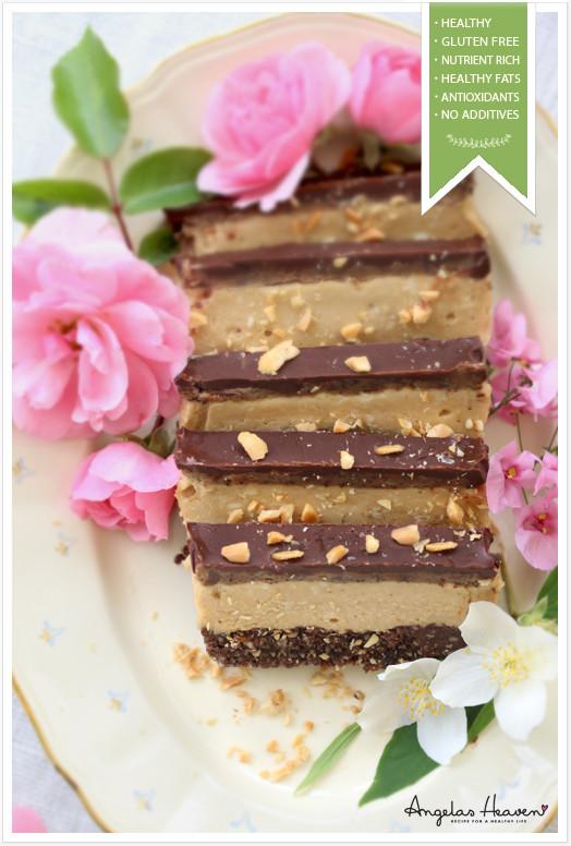 Healthy Raw Snacks  Nyttig frusen snickerskaka rawfood glutenfri Angelas