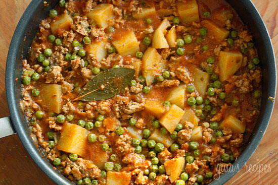 Healthy Recipes With Ground Turkey Meat  Ground Turkey with Potatoes and Spring Peas