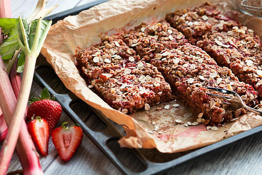 Healthy Rhubarb Desserts  healthy rhubarb recipes