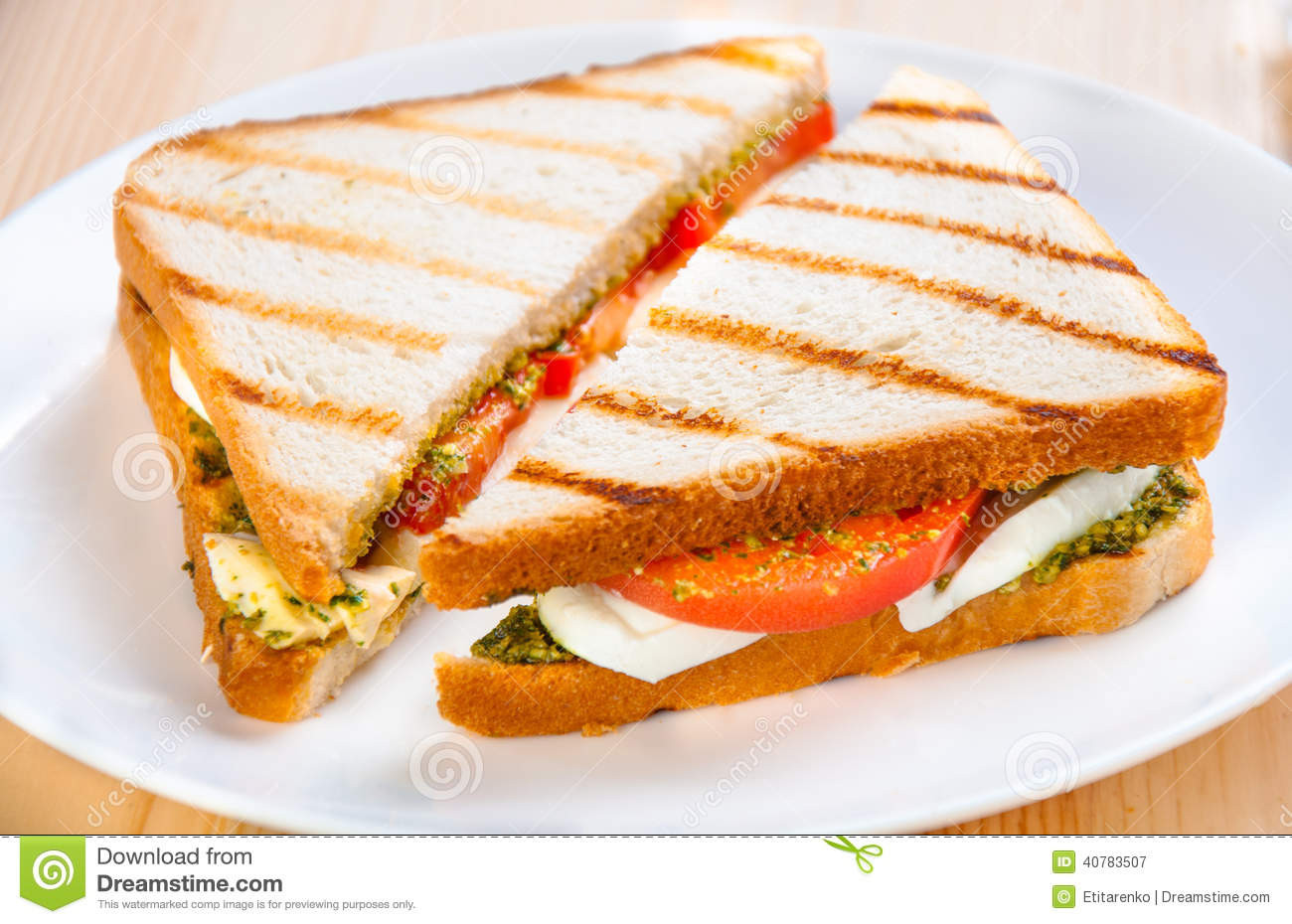 Healthy Sandwich Bread  Bread Sandwich With Cheese Tomato Healthy Ve arian